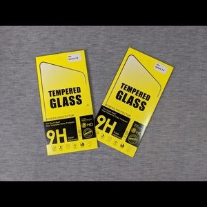 FREE 🎁- 2 pcs Screen Protector for iPhone 7/8